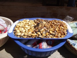 Choclo e outras sementes que eles vendem salgadas