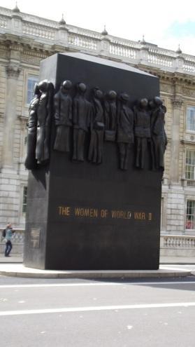 Memorial Women of World War II