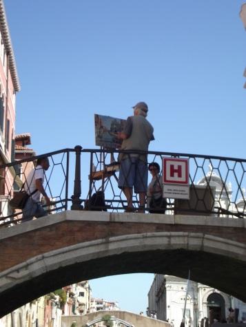 Pintor em uma das pontes