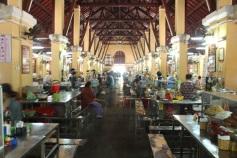 Central Market - Almoço (comida local)