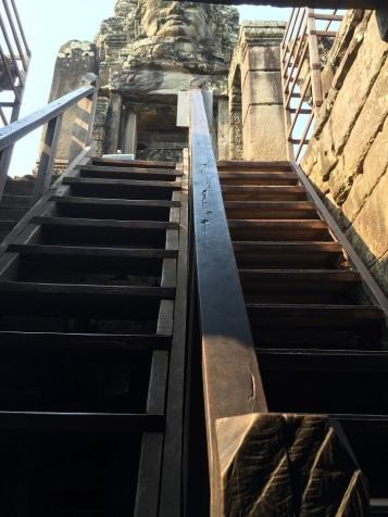 Escada interna Bayon