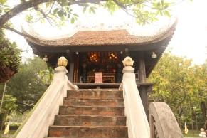 Altar da One Pillar Pagoda