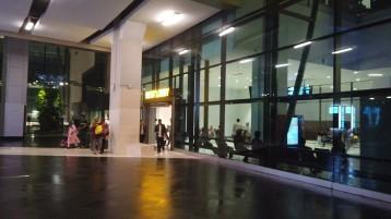 Saída West Lobby no Terminal 3