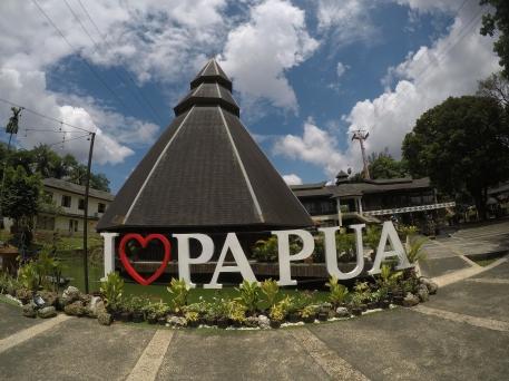 Taman Mini Indah - Papua