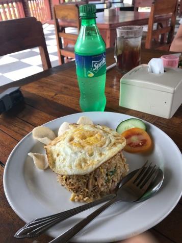 Almoço no Ulun Danu Bratan